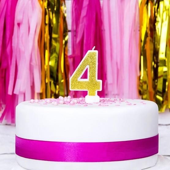 Rođendanska svećica - broj 4