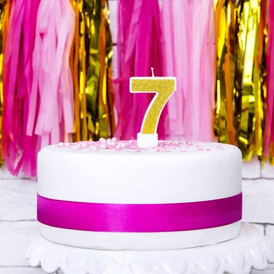Rođendanska svećica - broj 7